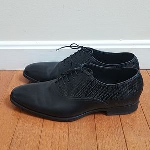 Men's Zara black leather dress shoes